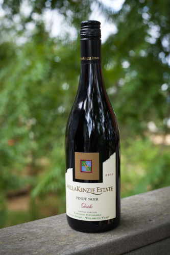 WillaKenzie Estate Pinot Noir Gisele
