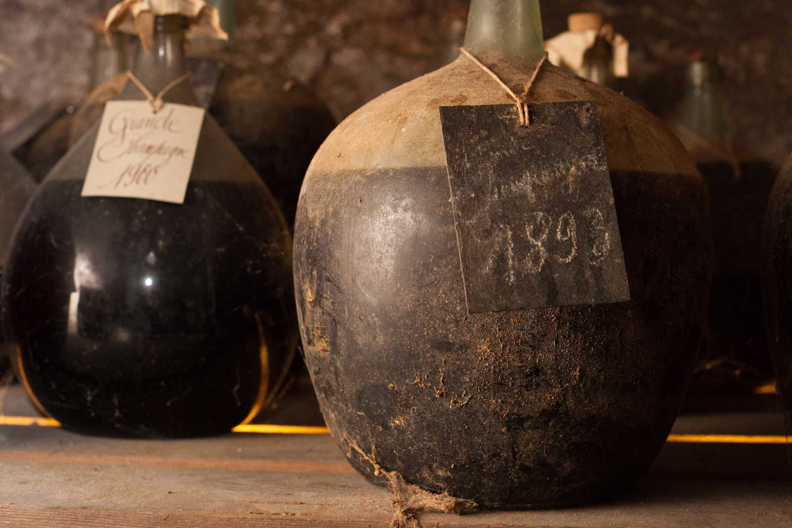 The demijohn of 1893 Cognac Lhéraud. ©Kevin Day/Opening a Bottle