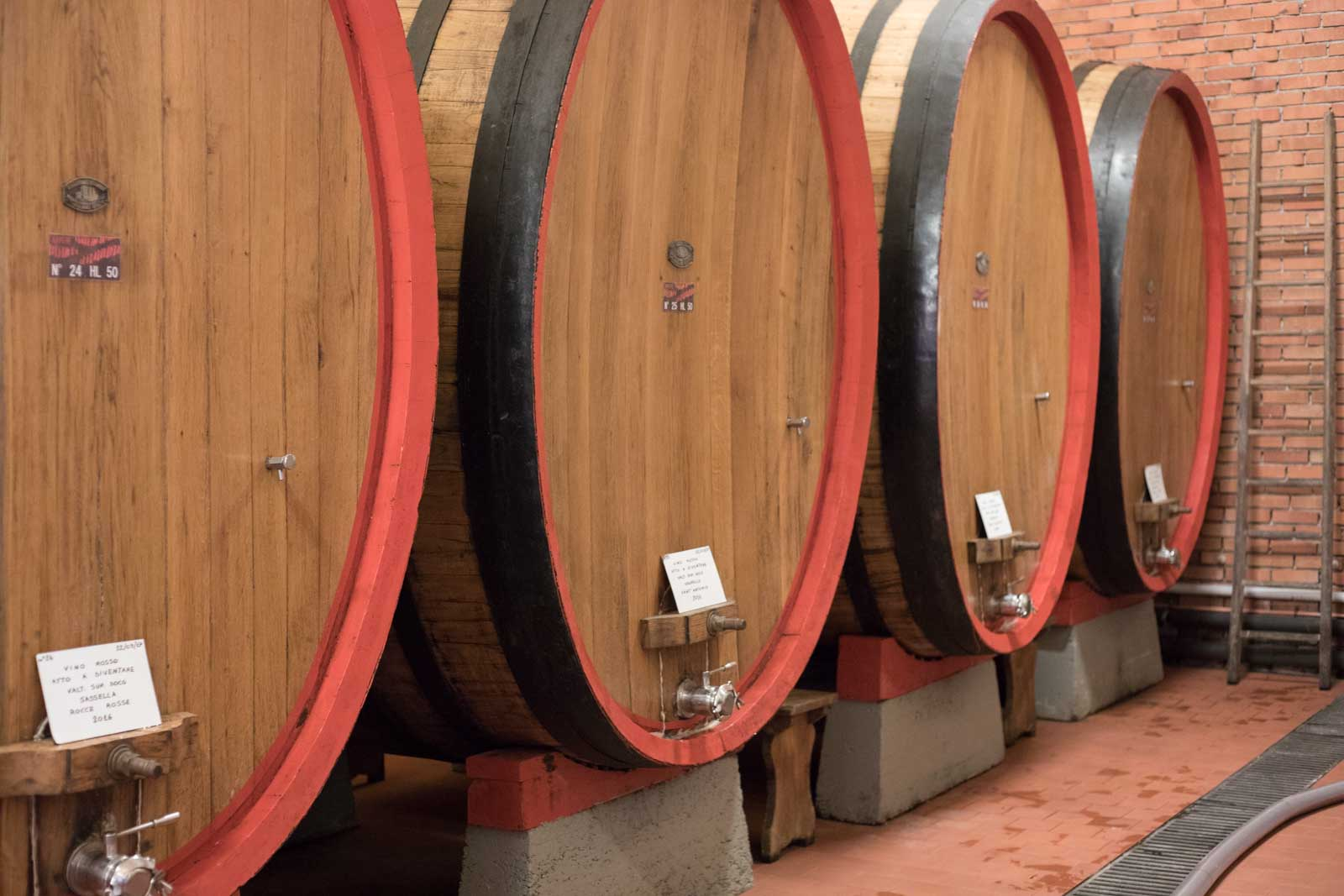 Chestnut casks at Ar.Pe.Pe., Valtellina Superiore, Italy. ©Kevin Day/Opening a Bottle
