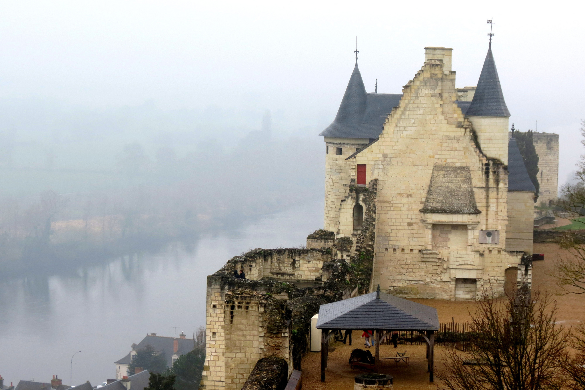 Chinon castle by Flickr user Xorge. Some rights reserved. Creative Commons License.