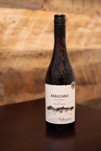 2013 Hacienda Araucano Pinot Noir Reserva