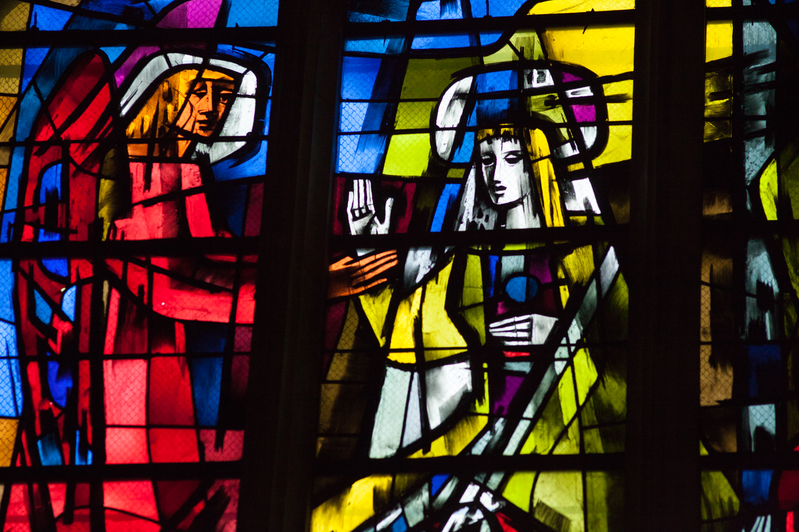 Stained glass windows at Basilica St-Michele, Bordeaux. ©Kevin Day/Opening a Bottle
