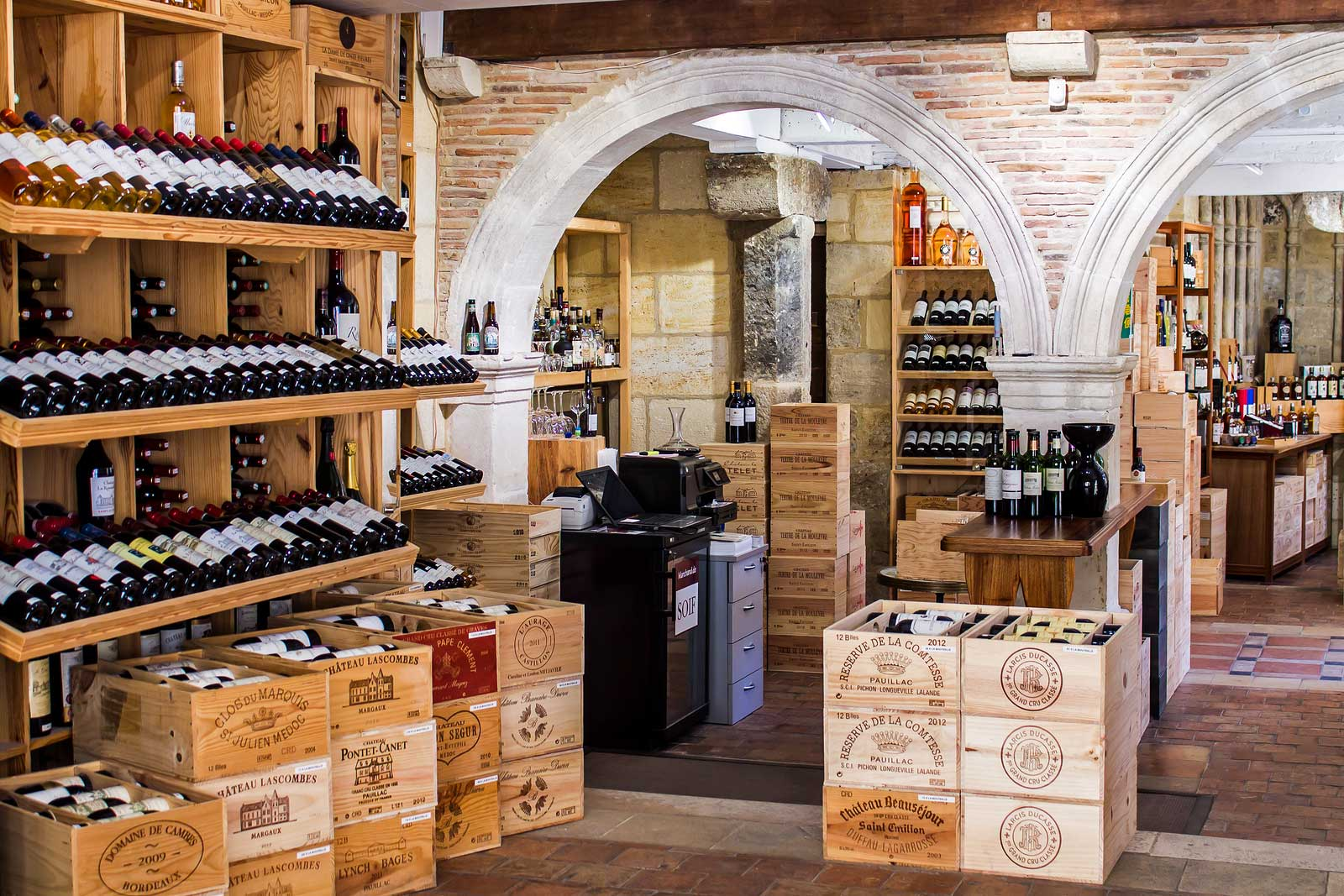 Wine shop in Saint-Émilion