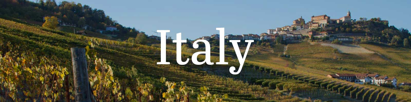 Essential Winemakers of Italy – Opening a Bottle