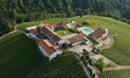 Aerial view of the Rocche dei Manzoni estate in Monforte d'Alba. © Rocche dei Manzoni