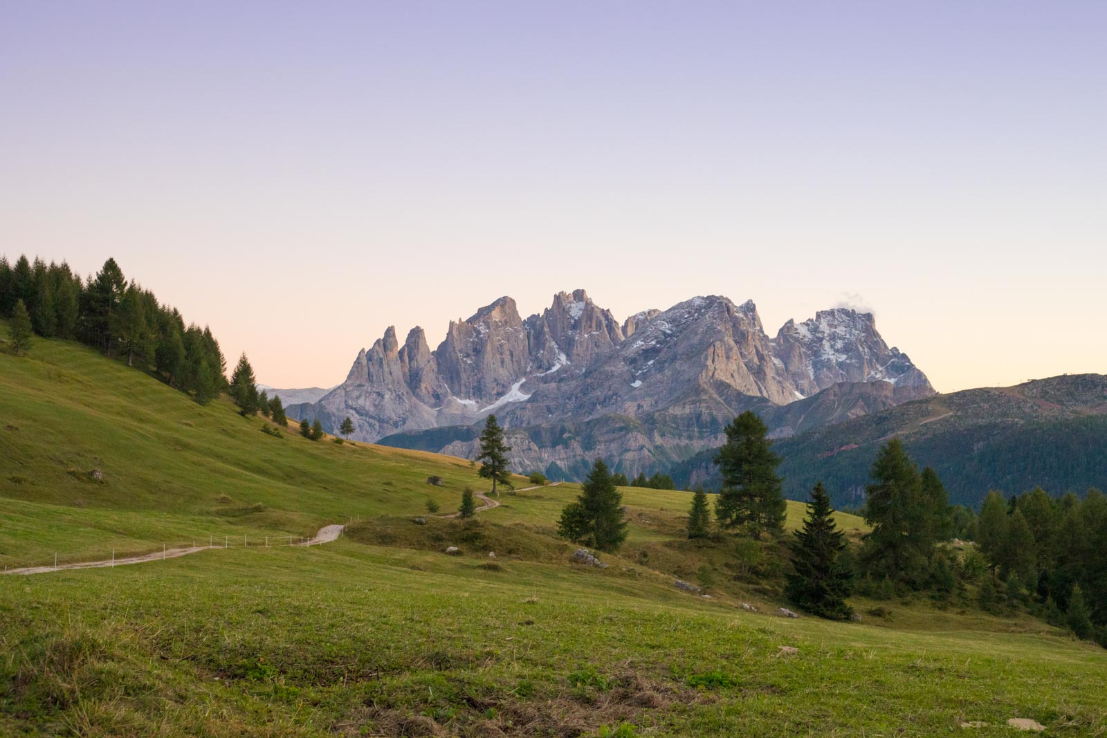 Pale di San Martino in the dwindling light at Rifugio Fuciade. ©Kevin Day/Opening a Bottle