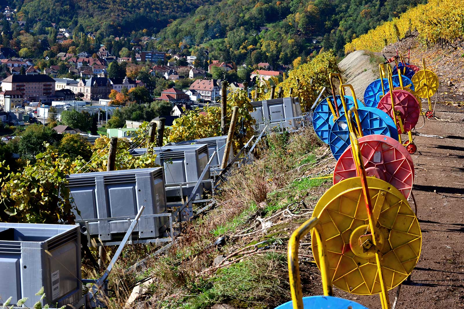 Winches are used for a variety of tasks in the Rangen de Thann, such as plowing and collecting harvest. ©Patricia Didierjean/Conseil Vins Alsace