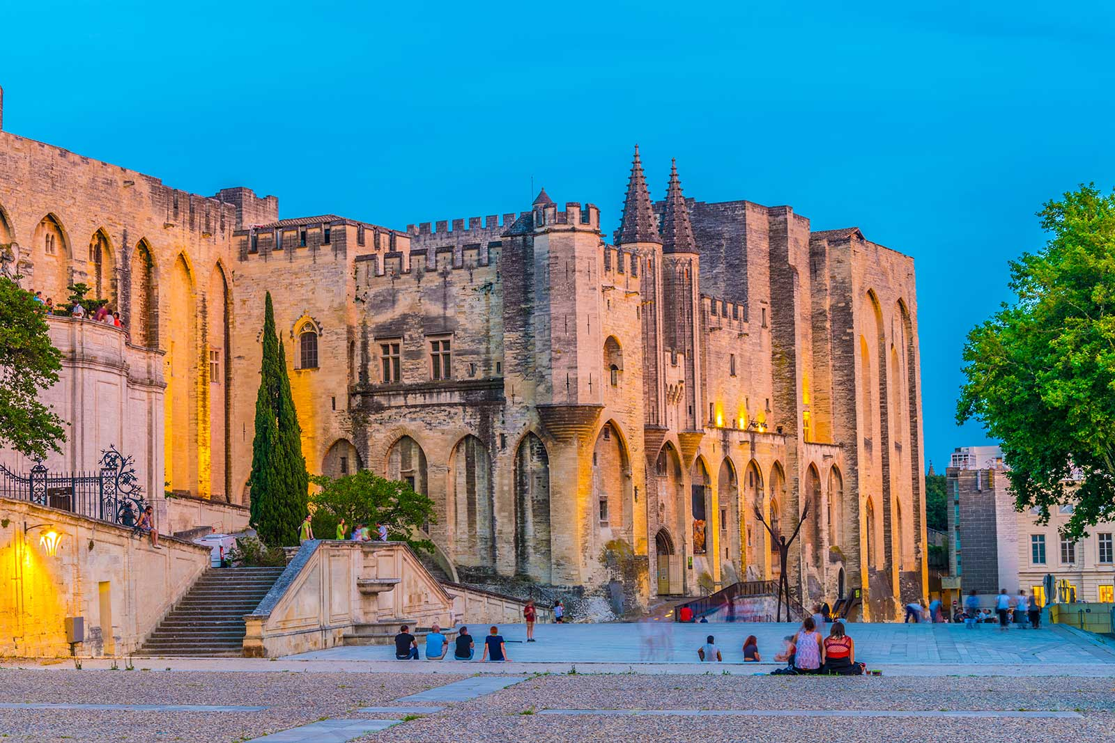 Palais des Papes in nearby Avignon is a remarkable reminder of the Avignon Papacy of 1309 to 1376.