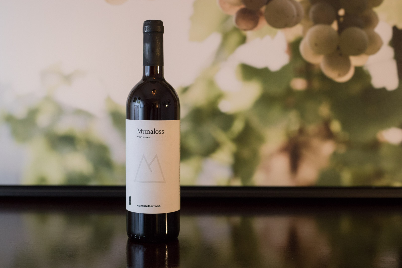 """NV Cantina Garrone """"Munaloss"""" Vino Rosso ©Kevin Day/Opening a Bottle"""