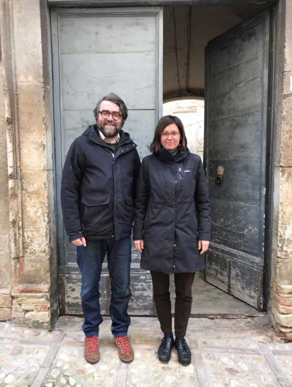 Winemaker Gaetano Carboni and his wife outside his Loreto Aspurtino cellar. ©Jan d'Amore / Jan d'Amore Imports
